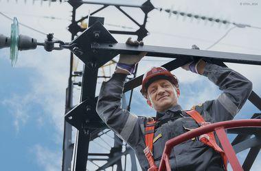 Энергетики ДТЭК восстановили свет в Мариуполе