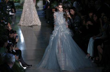 Любимый дизайнер голливудских звезд Эли Сааб представил роскошную коллекцию вечерних платьев