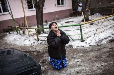 """Боевики обстреляли из """"Градов"""" поселок возле Мариуполя"""