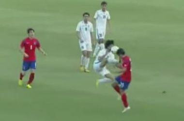 Футбол в стиле кунг-фу: игроки из Узбекистана и Южной Кореи устроили потасовку во время матча