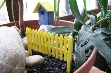 Украинец создает в гараже мебель для цветочных вазонов