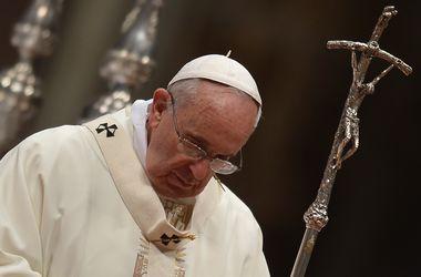На Нобелевскую премию мира номинирована российская газета, Папа Римский и Сноуден