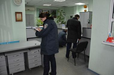 В Николаевской области грабитель выстрелил в голову работнице банка