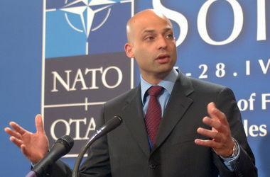 НАТО не участвует в противостоянии на Донбассе, в отличие от армии РФ – Аппатурай