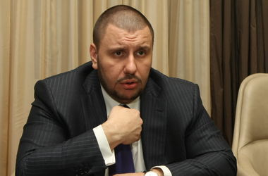 Суд постановил арестовать экс-главу Миндоходов Клименко