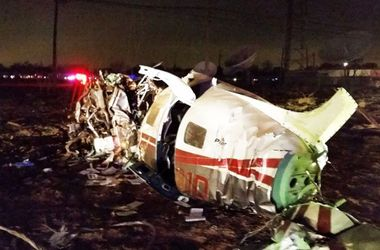 В Техасе самолет снес 250-метровую телебашню