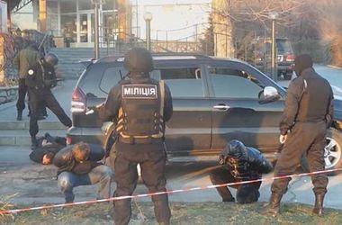 В Запорожье задержали вооруженную семерку криминальных авторитетов