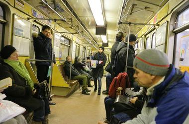 Киевское метро продлит работу на один час