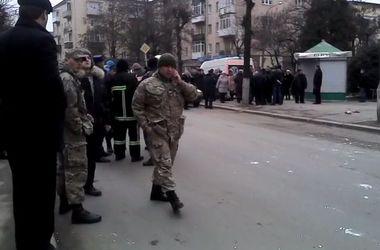 Взрыв в роддоме Ивано-Франковска: погиб волонтер, его жене пытаются спасти жизнь
