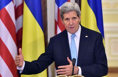 О чем говорил Джон Керри в Киеве