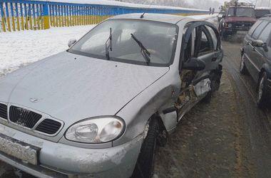 Движение по киевскому мосту Метро восстановили
