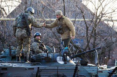 На Луганском направлении активизировались боевики