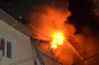 В центре Одессы на пожаре погибли два человека