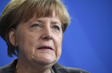 Меркель едет к Обаме на переговоры по Украине