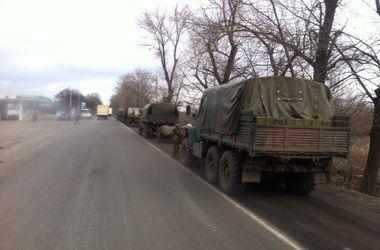 """Из России едет """"гумконвой"""" и военная техника"""