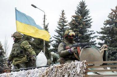 Итоги дня, 9 февраля: подготовка к переговорам в Минске, новые санкции от ЕС, пограничный режим в прифронтовой зоне и многое другое