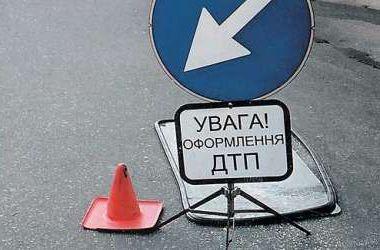 В Киеве ищут водителя, сбившего на тротуаре бабушку