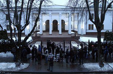 Контактная группа в Минске продолжает работу – источник