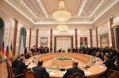 США: В основу переговоров должны лечь положения минского протокола