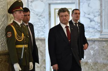 Порошенко из Минска отправился сразу в Брюссель