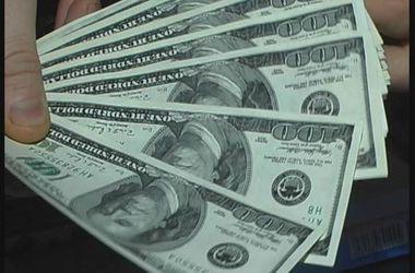 В центре Киева мошенники оставили мужчину без 38 тысяч долларов
