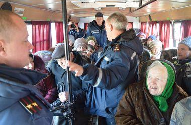 Из Крымского эвакуировали мирных жителей