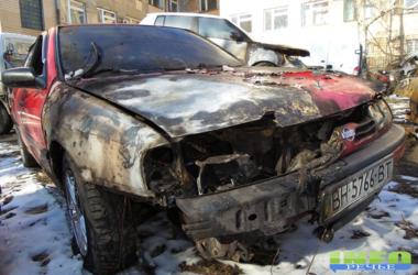 Пятница 13-е: в Измаиле за ночь сожгли три иномарки