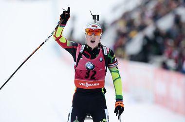 Семеренко в топ-10 спринтерской гонки на Кубке мира по биатлону