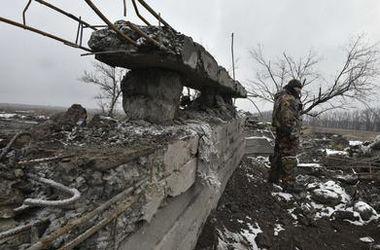 """Широкино практически уничтожено, украинские военные несут большие потери – """"Азов"""""""
