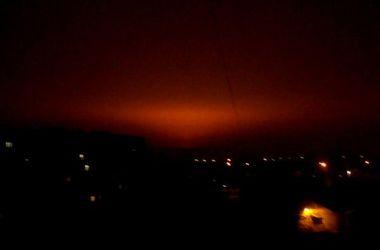 Два часа до перемирия: в Донецке не стихают взрывы и залпы