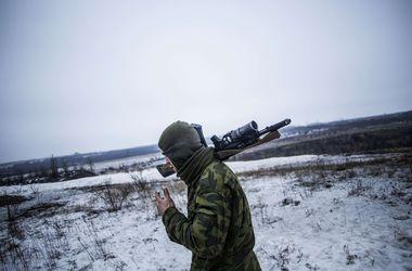 Боевики продолжают обстрелы на Луганском направлении, есть погибшие