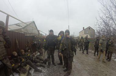 """Украинские военные уничтожили под Мариуполем """"КРАЗ"""" боевиков с боеприпасами"""