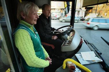 В Киеве появятся новые большие троллейбусы