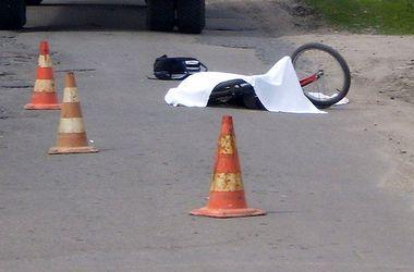 В Черновицкой области пьяный лихач сбил насмерть 13-летнего мальчика и скрылся