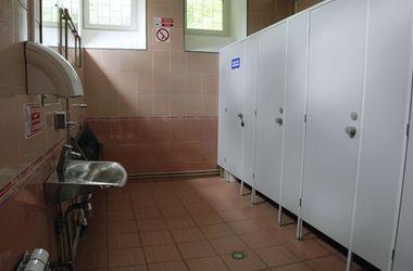 В Кировоградской области в туалете школы обнаружили тело младенца