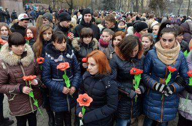 В Виннице и Львове почтили память Небесной сотни