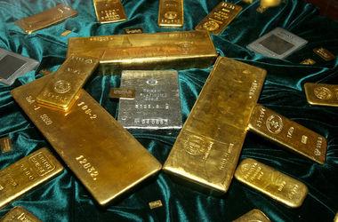НБУ нарастил золотой запас
