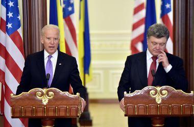 Порошенко настаивает на дальнейших санкциях против РФ,  если ситуация не улучшится