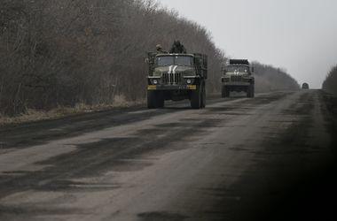 Волонтеры из Львова подорвались на фугасе на трассе Артемовск-Дебальцево