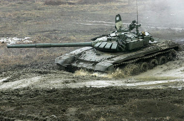 СНБО: В Донецкую область прибыл эшелон с танками для боевиков, а в сторону Мариуполя повезли артиллерийские установки