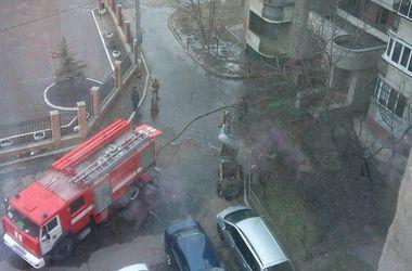 В Киеве возле жилого дома разлили полтора кило ртути