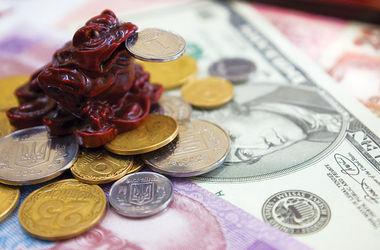 Курс доллара на межбанке дорос до 32,8 грн