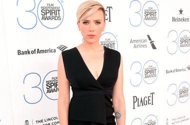 Скарлетт Йоханнсон удостоилась награды за лучшие откровенные сцены в кино