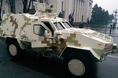 """В марте военные получат новейшие бронетранспортеры """"Дозор-Б"""""""