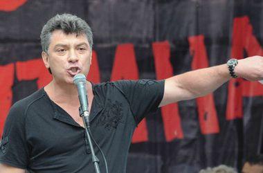 В Вильнюсе проходит акция в память о Немцове