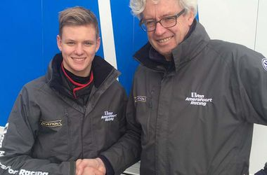 Мик Шумахер в новом сезоне будет выступать в Формуле-4