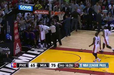 Украинец Лэнь подрался с соперником во время матча НБА