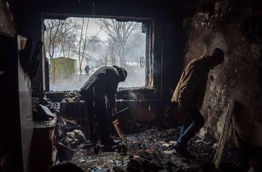 Ситуация в Донецке: в городе слышны залпы и пулеметные очереди