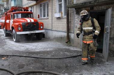 В столице из-за окурка загорелась машина