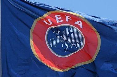 УЕФА будет финансировать футбол в Крыму